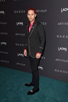 LovefromMars • la-leto:   hot pink has never looked hotter....
