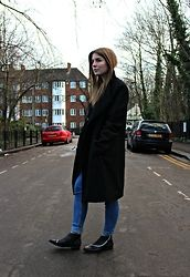 Angharad Jones - River Island Coat, Light Before Dark Jeans, Asos Boots - Men's coat and skinny jeans Jones Fashion, Boyfriend Coat, Asos Boots, Oversized Coat, Dark Jeans, Zara Dresses, Coat Dress, Fashion Boots, Personal Style