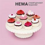 Download hier de werkbeschrijving voor de gehaakte cupcakes uit de Warme Winter folder van HEMA.