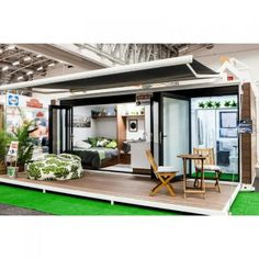 SCARLET - OFF THE GRID, TINY CONTAINER HOME