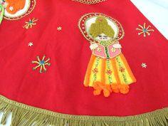 Vintage Bucilla Christmas Felt Tree Skirt 1970's by ThirstyOwlVintage, $98.50