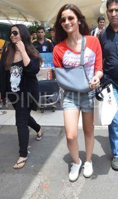 Alia Bhatt & sister return from vacation!   PINKVILLA