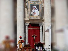 Pope Francis, celebrates the Canonization Mass of Mother Teresa in St. Peter's…