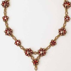 Free instructions-Les Fleurs Necklace from Sabine Lippert's Beaded Fantasies