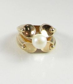 Yellow Gold Pearl Ring Estate Pearl Ring Modernistic Pearl