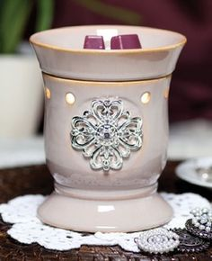 Check out this great #Scentsy #Giveaway where the #winner picks the prize!