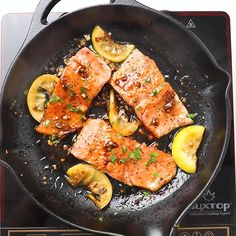 Easy salmon with honey garlic sauce is one of the best salmon recipes. Takes 15 mins to make salmon dinner! Baked Salmon Recipes, Fish Recipes, Seafood Recipes, Dinner Recipes, Cooking Recipes, Wild Salmon Recipe Oven, Salmon Stovetop Recipes, Vegan Salmon Recipe, Salmon Belly Recipes
