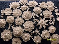 Amazing collections of crochet flowers - many with graphs