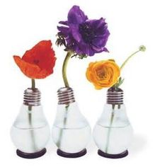 """An original light bulb made into a vase. Thanks to the practical gummy ring, this comical vase stands securely straight or aslant. It looks great in a group or just standing alone! Each vase is packaged in an original light bulb box."