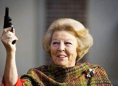 Als iemand van het koninklijk huis een misdaad pleegt, wordt die persoon dan berecht?