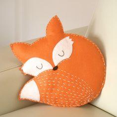 fox pillow felt/ decoration / ornament / stuffed animal/ woodland nursery/ baby room decor/ woodland nursery/ animal pillow felt fox pillow - hand made/ hand sewn/ fox cushion/ baby room decor/ woodland nursery/ home decor/ animal pillow/ kids . Small Pillows, Kids Pillows, Animal Pillows, Owl Pillows, Burlap Pillows, Decorative Pillows, Baby Girl Nursery Bedding, Nursery Decor, Baby Room