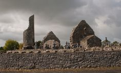 The ruins of the Church of St. Benen in Kilbannon/Tuam, County Galway. The round tower was built around 1000AD.