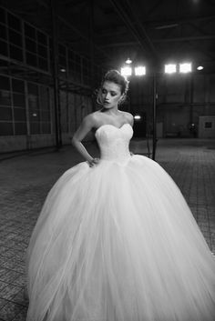 Meet Sirrah from the newest Aurora Collection by Crystalline Bridals. An amazing princessweddingdress with a sweet heart neckline, a full handbeaded V-shape body filled with crystals, supplemented with an extreme voluminous tulle skirt. Check our full collection on www.crystallinebridals.com #princessweddingdress #Crystalline #Crystallinebridals #Weddinginspiratie #brautmode #robedemariee #vestidodenoiva #fustan #eskuvo #sukniaslubna #brollop ##trouwjurk #haapuku #sposi #sposa #novias…