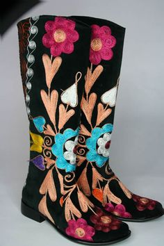 Cowboy boots made in the Suzani Boot style in Turkey, using hand  embroidered velvet and leather. Buy online from Shirdak