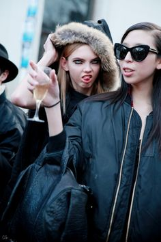 Double Trouble / Molly Bair & Issa Lish by Claire Guillon - CGstreetstyle