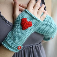 I Heart Righties or Lefties Handwarmers - LOVE the aqua and red