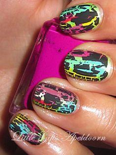 Crackele nails