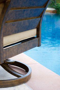 SunVilla Patio Furniture Veritas Back Design of Swivel Chair