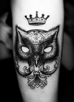 Cool fox-like-crest tattoo. #tattoo #tattoos #ink