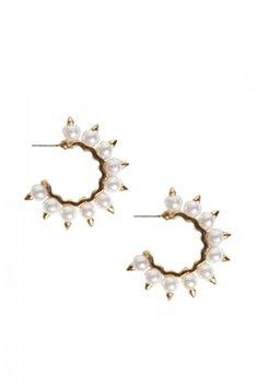 Boohoo // Jade Pearl Detail Hoop Earring
