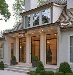 Dream Home Design, My Dream Home, Dream House Exterior, House Goals, Traditional House, Traditional Exterior, Architecture Details, Exterior Design, Future House