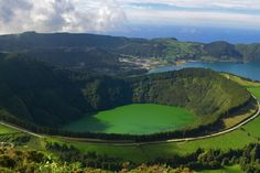 Sao (San) Miguel, Portugal The Azors. where My hubbys family is from. want to visit soooo bad! Las Azores, Vacation Wishes, Visit Japan, Beautiful Islands, Wonderful Places, Costa Rica, Places To Travel, Type 1, Images
