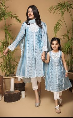 Baby Girl Dresses Fancy, Stylish Dresses For Girls, Stylish Dress Designs, Baby Dress, Baby Girls, Indian Fashion Dresses, Indian Designer Outfits, Pakistani Dresses, Fashion Sewing