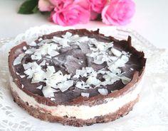 Raw Cake, Yummy Cakes, Tiramisu, Cheesecake, Deserts, Baking, Ethnic Recipes, Food, Bread Making