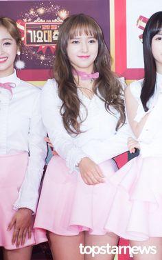 [HD포토] 우주소녀(WJSN) 성소 귀여움 더하는 리본 초커  #2016KBS가요대축제 #우주소녀 #WJSN #성소