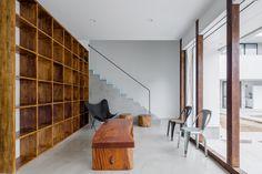 Hotel Pat Inn / Kichi Architectural Design