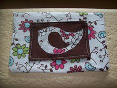 Free baby wipe fabric cover pattern and tutorial