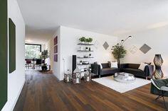 Wunderschöne, moderne 4.5 Zimmer Wohnung mit gedeckter Loggia zu vermieten.