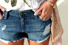 Glitter and Gingham : summer sequins