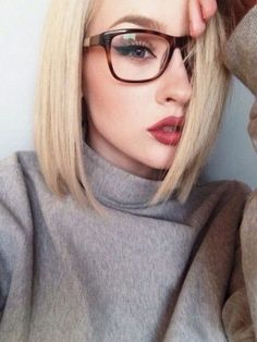 Best hairstyles for female glasses-wearers
