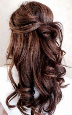 haare-frisuren-com-abifall-frisur-prom-hairstlye-summer-hairstyle-hochzeitsfrisuren-verspielte-frisur