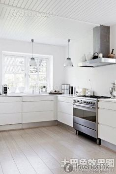Simple European-style open kitchen decoration design effect picture View more at http://www.interiorpik.com/simple-european-style-open-kitchen-decoration-design-effect-picture.html