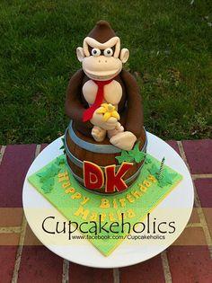Donkey Kong Cake by Cupcakeholics, via Flickr