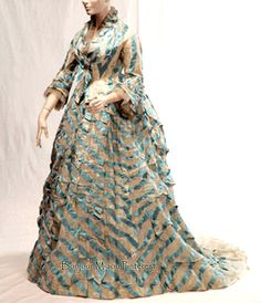 Dress ca. 1870–75. Blue and white silk chiffon. National History Museum, Chile