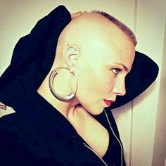 How is she going to explain what just happened to her gorgeous thigh length tresses. Girl Short Hair, Short Hair Cuts, Short Hair Styles, Shaved Head Women, Shaved Heads, Buzz Cut Women, Buzz Cuts, Forced Haircut, Female Mohawk