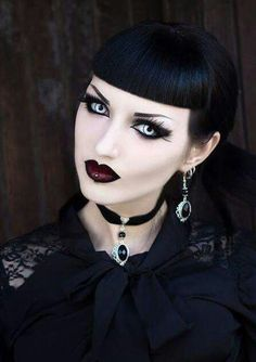 Exhilarating Jewelry And The Darkside Fashionable Gothic Jewelry Ideas. Astonishing Jewelry And The Darkside Fashionable Gothic Jewelry Ideas. Victorian Goth, Gothic Steampunk, Gothic Earrings, Gothic Jewelry, Goth Beauty, Dark Beauty, Gothic Girls, Punk Fashion, Gothic Fashion