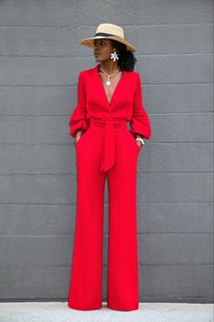 Style pantry button-down wide leg jumpsuit Classy Dress, Classy Outfits, Chic Outfits, Fashion Outfits, Fashion Tips, Suit Fashion, Look Fashion, Womens Fashion, 70s Fashion