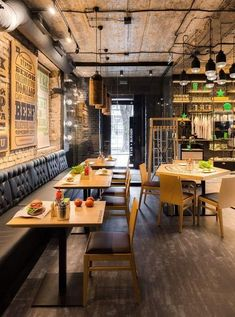Star Burger combines a classy interior with the branded corporate identity of the Star Burger restaurant chain and a bold, unique design by Sergey Makhno. Pub Interior, Loft Interior Design, Restaurant Interior Design, Cafe Restaurant, Restaurant Concept, Pizzeria Design, Design Café, Cafe Design, House Design