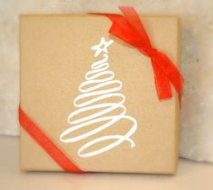 pacchetto con albero a pennarello: