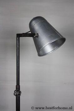 Stoere Metalen Leeslamp Sober Industrieel Landelijke Vloerlamp NO.420