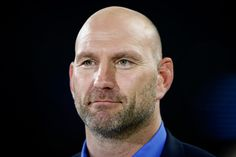 Lawrence Dallaglio Photos Photos - Former player Lawrence Dallaglio of England commentates ahead of the 2015 Rugby World Cup Pool D match between France and Italy at Twickenham Stadium on September 19, 2015 in London, United Kingdom. - France v Italy - Group D: Rugby World Cup 2015