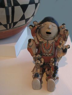 Cochiti potter Helen Cordero's storyteller sits in the Fred Jones Art Museum on the campus of the University of Oklahoma in Norman, Oklahoma