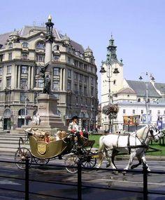 Lviv, Ukraine | Львов попал в ТОП-5 городов мира, которые стоит посетить в 2014 году по версии известного британского издания для туристов The Rough Guide.