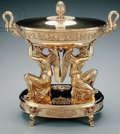 Soup tureen, cover and liner from the Branicki Service, 1819 (gilded silver)