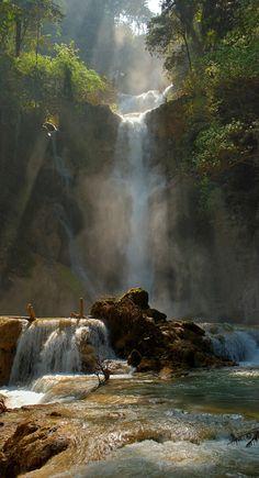 Tat Kuang Si Waterfall near Louan Phabang, Laos •