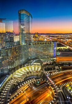 Vdara Hotel, Las Vegas, Nevada, USA by Mathieu Dupuis www.mathieudupuis.com